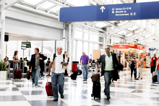 Busy Travelers at O'Hare International Airport